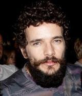 Nada mais inédito do que uma barba.